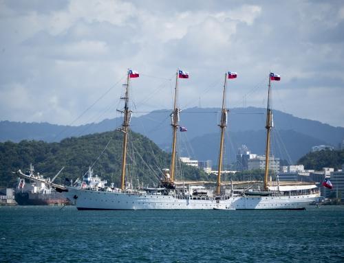 """Buque Escuela """"Esmeralda"""" de la Armada de Chile visita el Viejo San Juan"""