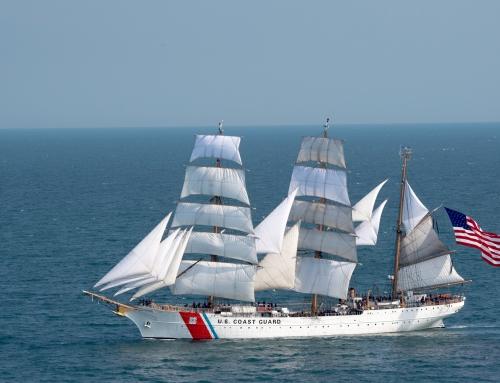 Visita del barco Eagle de la Guardia Costera de EE. UU.