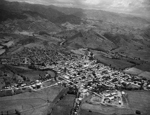 Vista del pueblo de Yauco (1959)